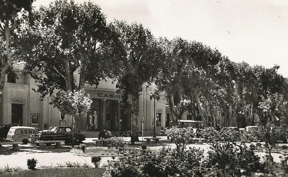 Petit Casino Tivoli Aix En Provence