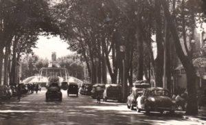 Le cours Mirabeau à Aix en carte postale